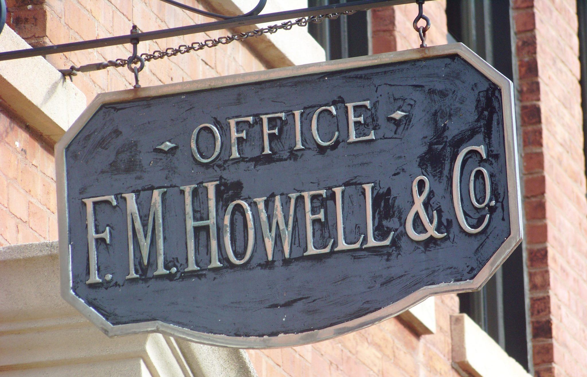 Sign_above_the_door Hautvillers_fm_13_07_25_cs4g